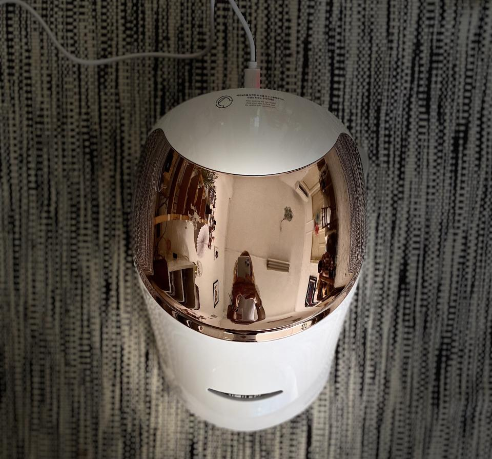 Charging the mask is a breeze with the Type-C to USB A cable. (PHOTO: Reta Lee/Yahoo Lifestyle SEA)
