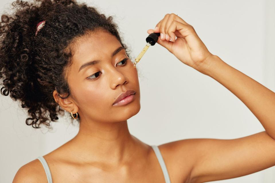 """<p>Ferulic acid may not be top of mind when you're thinking about skincare. Maybe you're not exactly sure what it does for your skin, or even <a href=""""https://www.marieclaire.com/beauty/g32172916/best-skincare-acids/"""" rel=""""nofollow noopener"""" target=""""_blank"""" data-ylk=""""slk:what it is"""" class=""""link rapid-noclick-resp"""">what it is</a>. Well, I'm here to assure you it's worth considering if you want a clear and smooth complexion (and really, who doesn't?). The same way you look to your tried-and-true <a href=""""https://www.marieclaire.com/beauty/news/g4432/best-face-moisturizer/"""" rel=""""nofollow noopener"""" target=""""_blank"""" data-ylk=""""slk:moisturizer"""" class=""""link rapid-noclick-resp"""">moisturizer</a> to keep your skin hydrated or grab your favorite <a href=""""https://www.marieclaire.com/beauty/g34954430/top-eye-creams/"""" rel=""""nofollow noopener"""" target=""""_blank"""" data-ylk=""""slk:eye cream"""" class=""""link rapid-noclick-resp"""">eye cream </a>to help diminish dark circles and fine lines, antioxidants are here to guard and improve your skin—which is where ferulic acid comes in. This powerhouse ingredient is highly regarded for protecting the skin barrier from environmental stressors like pollution and infrared radiation that ultimately cause premature aging. </p><p>To learn about all things ferulic acid, I tapped dermatologist <a href=""""https://www.instagram.com/dr.sheila_derm/?hl=en"""" rel=""""nofollow noopener"""" target=""""_blank"""" data-ylk=""""slk:Sheila Farhang, MD"""" class=""""link rapid-noclick-resp"""">Sheila Farhang, MD</a> founder of <a href=""""https://www.avantdermatology.com/?"""" rel=""""nofollow noopener"""" target=""""_blank"""" data-ylk=""""slk:Avant Dermatology and Aesthetics"""" class=""""link rapid-noclick-resp"""">Avant Dermatology and Aesthetics</a> in Tucson, AZ. """"Ferulic acid is an antioxidant found in rice, corn, and wheat,"""" says Dr. Farhang, adding that skin-revitalizing benefits come with the consistent use of the antioxidant. """"Not only is ferulic acid an antioxidant but it is also known to brighten dark spots and overall sk"""
