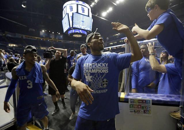 """<a class=""""link rapid-noclick-resp"""" href=""""/ncaab/players/131558/"""" data-ylk=""""slk:Isaiah Briscoe"""">Isaiah Briscoe</a> and Kentucky make five appearances on this list (AP)"""