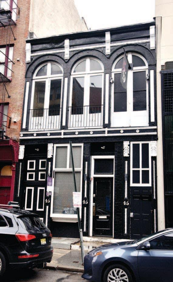"""<div class=""""inline-image__caption""""><p><em>The famed Pinkerton's Detective Agency maintained an office on South Third Street.</em></p></div> <div class=""""inline-image__credit"""">H. Keith Melton & Robert Wallace</div>"""
