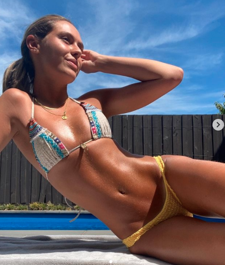 Mia Fevola bikini colourful photo