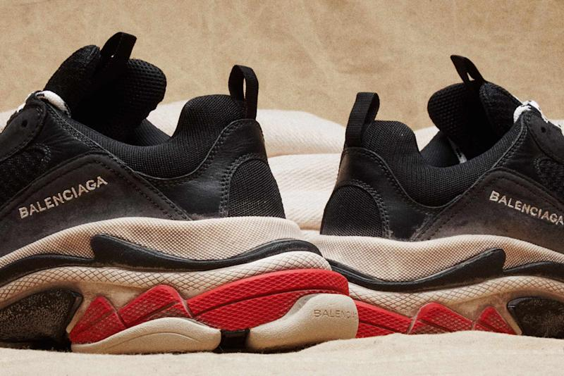 Sneakers Sold S Balenciaga's Get Hot How Out Red To Triple EHDIW92Y