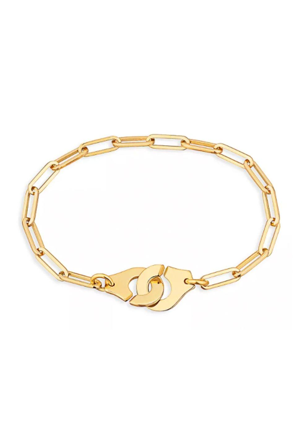 """<p><strong>Dinh Van</strong></p><p>bloomingdales.com</p><p><strong>$2460.00</strong></p><p><a href=""""https://go.redirectingat.com?id=74968X1596630&url=https%3A%2F%2Fwww.bloomingdales.com%2Fshop%2Fproduct%2Fdinh-van-18k-yellow-gold-menottes-chain-bracelet%3FID%3D3478865&sref=https%3A%2F%2Fwww.townandcountrymag.com%2Fstyle%2Fjewelry-and-watches%2Fg36465168%2Fbest-fine-jewelry-online%2F"""" rel=""""nofollow noopener"""" target=""""_blank"""" data-ylk=""""slk:Shop Now"""" class=""""link rapid-noclick-resp"""">Shop Now</a></p><p>Since 1965 the Parisian jeweler has been crafting elegant, minimalist everyday staples that epitomize understated French cool. The Menottes collection, introduced in 1976, was a game-changer—whereas most jewelers try to hide the clasp, Dinh Van instead turned it into the centerpiece.</p>"""
