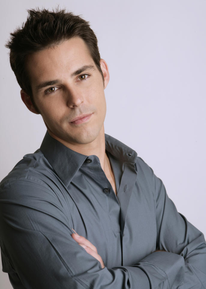 "<b>Jason Cook</b><br><br>This Emmy-nominated actor won fans and melted hearts in his years on ""Days of Our Lives."" For the past four years, he has heated up daytime TV as the rebellious ""Dr. Matt Hunter"" on ""General Hospital."""