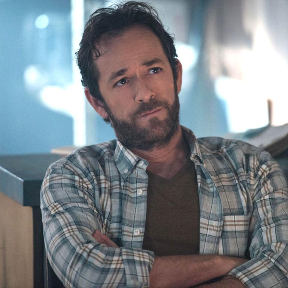 """<p><em>""""Luke Perry was a kindhearted and incredibly talented artist. It was an honour to be able to work with him. My thoughts and prayers go out to him and his loved ones.""""</em> – Leonardo DiCaprio</p><p><em>""""My entire high school experience was shaped by Brenda and Dylan. Now I have to hold my dear friend @theshando hand, while she mourns the loss of #lukeperry This is not how it's supposed to happen. I hope his family knows many lives he touched. 'I chose. I chose you. I want you. I've always wanted you' – my favourite quote""""</em> – Sarah Michelle Gellar</p>"""
