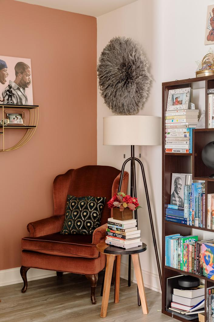 "This cozy nook in Taylor's office is a testament to the multifunctionality that Jannah and Kiyanna prioritized. ""We centered the goal to create a living, office, Zoomin', and broadcasting space that felt cohesive, cozy, but also flexible and malleable."""
