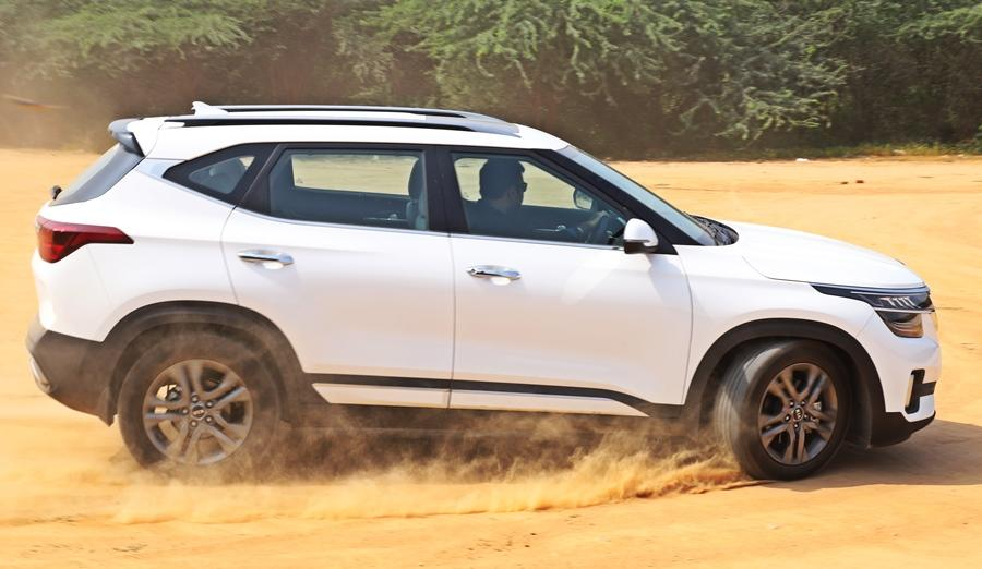 The benchmark SUV in the midsize space also got a BS6 diesel engine from the start. It is a 1.5l unit with 115 bhp and 250Nm. There is also a automatic offered. In terms of refinement and punch, the Seltos diesel is the one to buy in the sub Rs 25 lakh space.