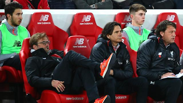 HD Jurgen Klopp Liverpool bench