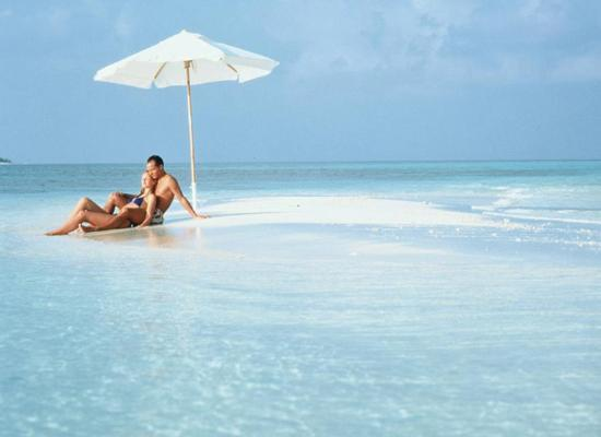 Top 5 Reasons To Honeymoon In Maldives: Exciting And Romantic Reasons To Choose Maldives For Your
