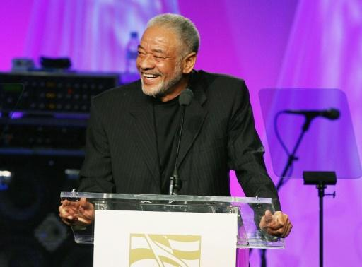 Bill Withers accepts the ASCAP Heritage Award at the 19th Annual ASCAP Rhythm & Soul Music Award Show in 2006