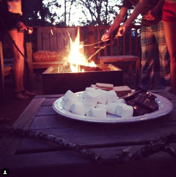 See stars sink their teeth into s'mores in honor of National S'mores Day