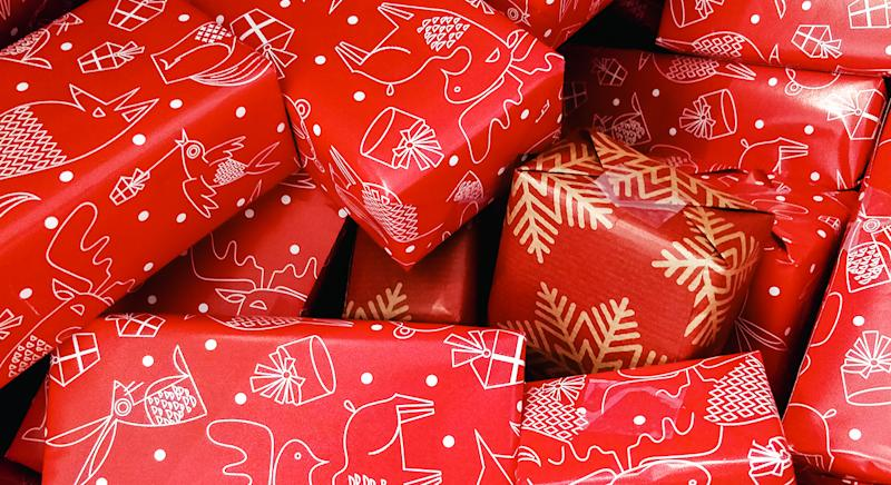 Christmas Presents.Twitter Users Share Their Worst Ever Christmas Presents