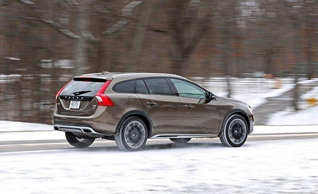volvo  cross country  drive  awd