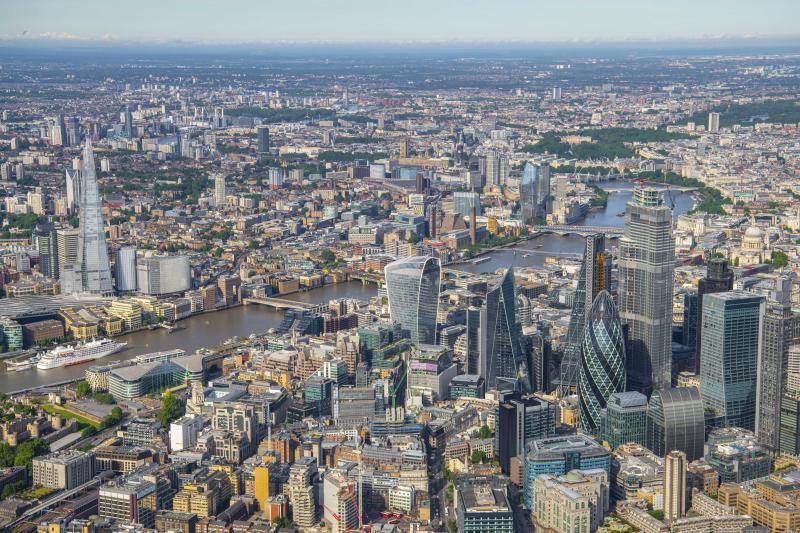 About 1,800 feet over the City of London looking west toward Westminster. (Photo: Jason Hawkes/Caters News)