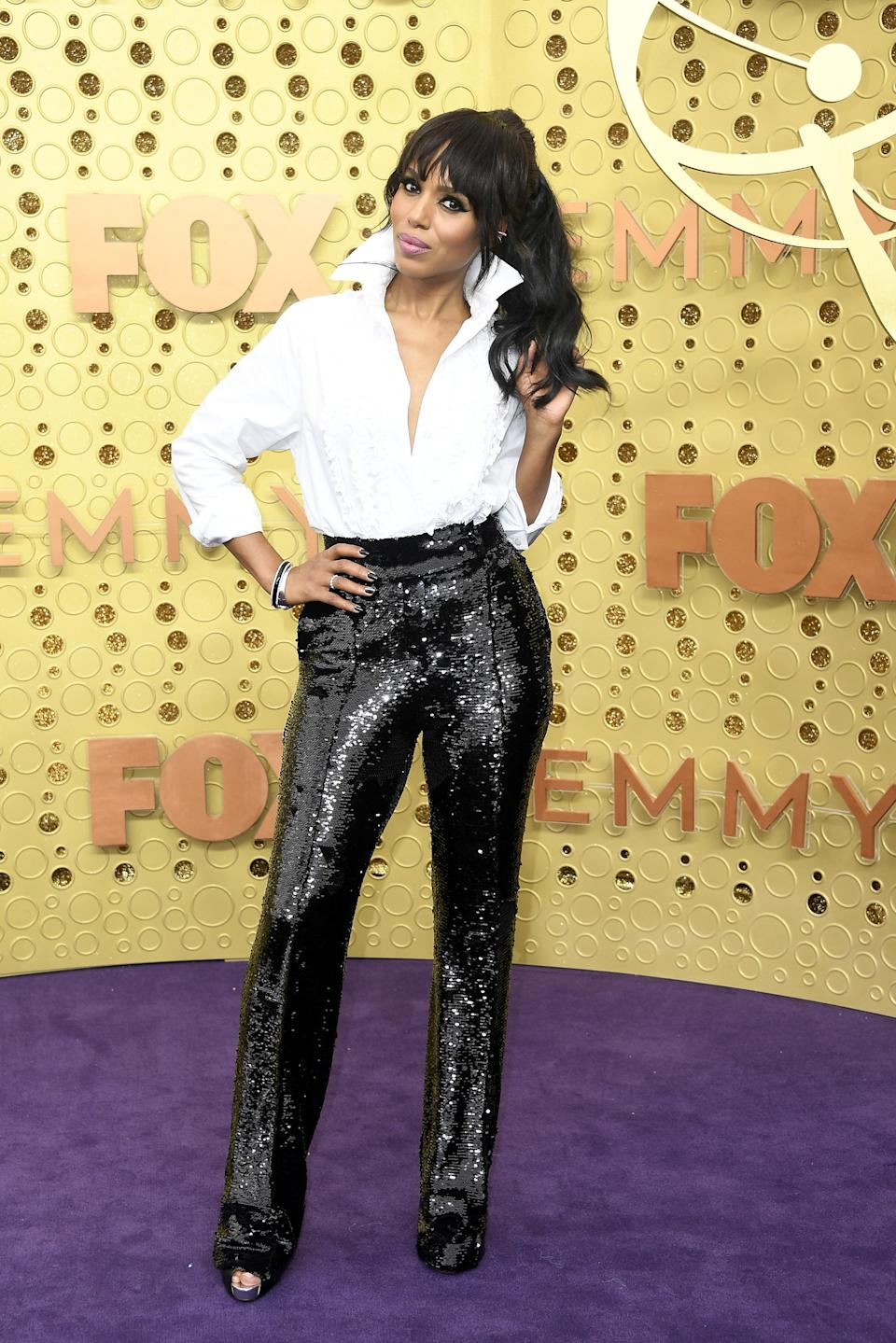 """<h1 class=""""title"""">Kerry Washington in Christian Louboutin shoes</h1><cite class=""""credit"""">Photo: Getty Images</cite>"""