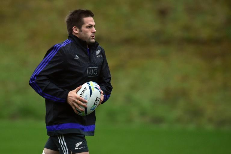 New Zealand's flanker and captain Richie McCaw takes part in a training session at the Pennyhill Park Hotel in Bagshot, southwest of London, on October 29, 2015