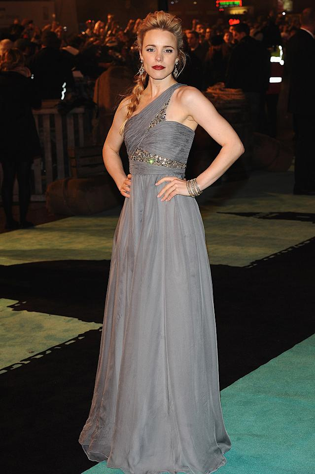 """<a href=""""http://movies.yahoo.com/movie/contributor/1807791956"""">Rachel McAdams</a> at the London premiere of <a href=""""http://movies.yahoo.com/movie/1810045845/info"""">Sherlock Holmes</a> - 12/14/2009"""