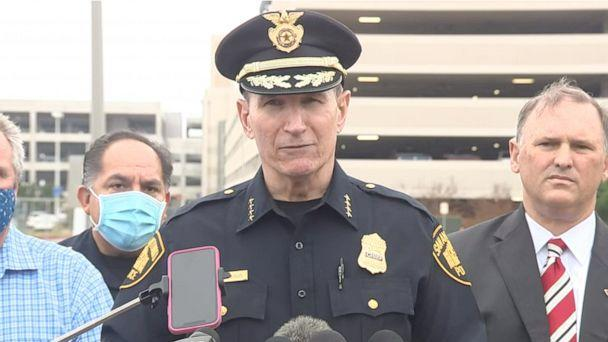 PHOTO: San Antonio Police Chief William McManus briefs reporters outside San Antonio International Airport after a man opened fire indiscriminately outside Terminal B, April 15, 2021. (KSAT)