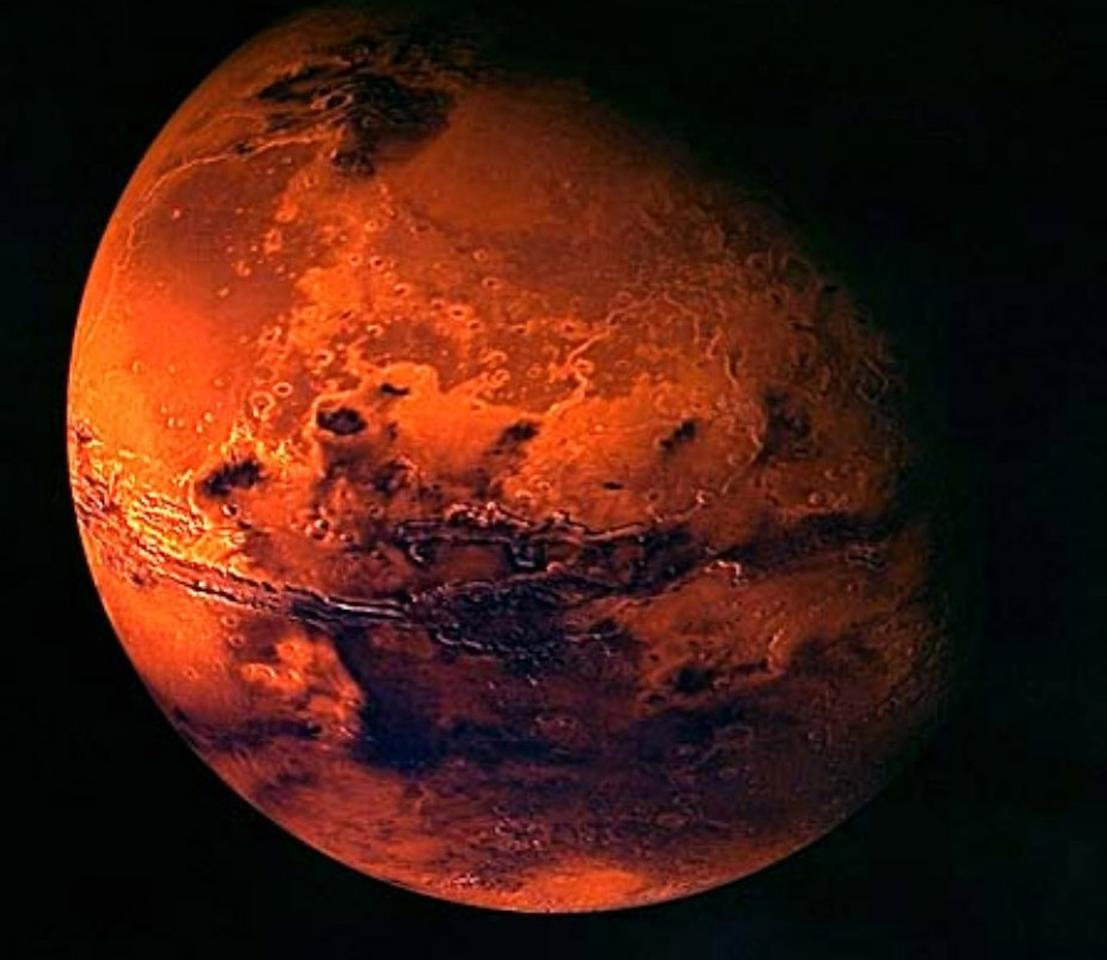 A handout of the European Space Agency ESA shows a visualisation of Mars, created from spacecraft imagery. ESA's first mission to the Red Planet is Mars Express. It comprises an orbiter carrying seven scientific instruments to probe the planet's atmosphere, structure and geology, including a search for evidence of hidden water. The main spacecraft will also release the UK's small Beagle 2 lander to gather and test rock and soil samples on the surface. British space probe Beagle 2 failed to broadcast a signal on December 25, 2003, to confirm it had landed on Mars, but scientists said they were waiting for a second contact opportunity later on Thursday. REUTERS/Ho/European Space Agency ESA