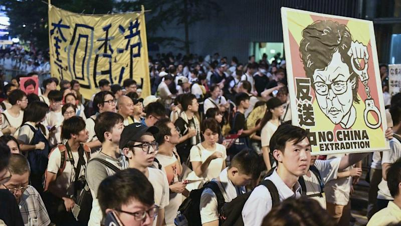 Hong Kong extradition law to proceed