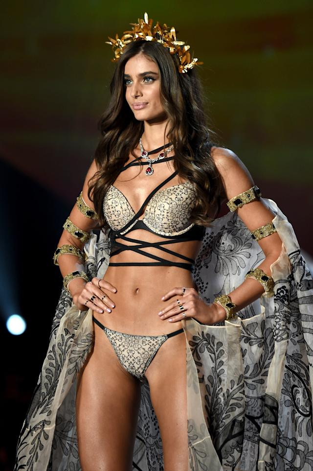 Taylor Hill (Theo Wargo via Getty Images)