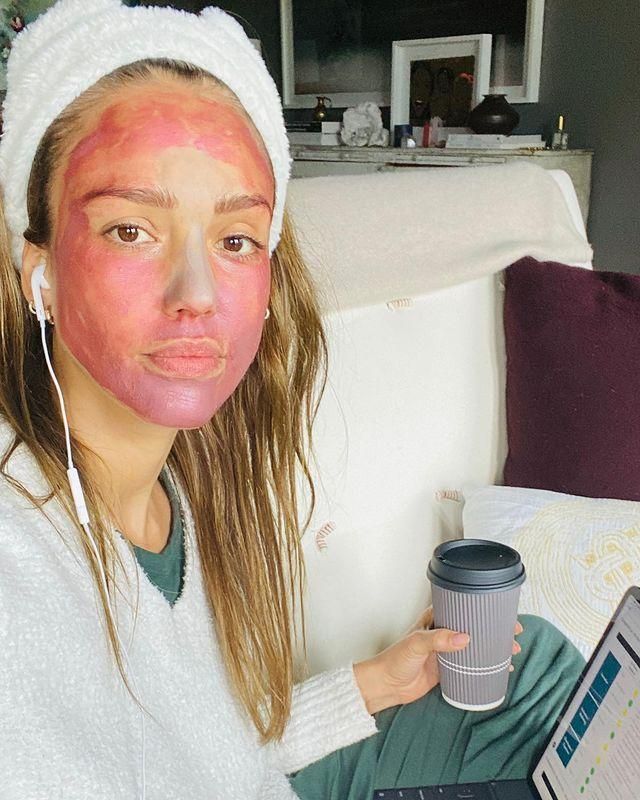 """<p>Jessica mastered masking while on a conference call, and clearing her pores in the meantime.</p><p><a href=""""https://www.instagram.com/p/B-IAkVMF9-_/?igshid=10xjr4kihuk6c"""" rel=""""nofollow noopener"""" target=""""_blank"""" data-ylk=""""slk:See the original post on Instagram"""" class=""""link rapid-noclick-resp"""">See the original post on Instagram</a></p>"""