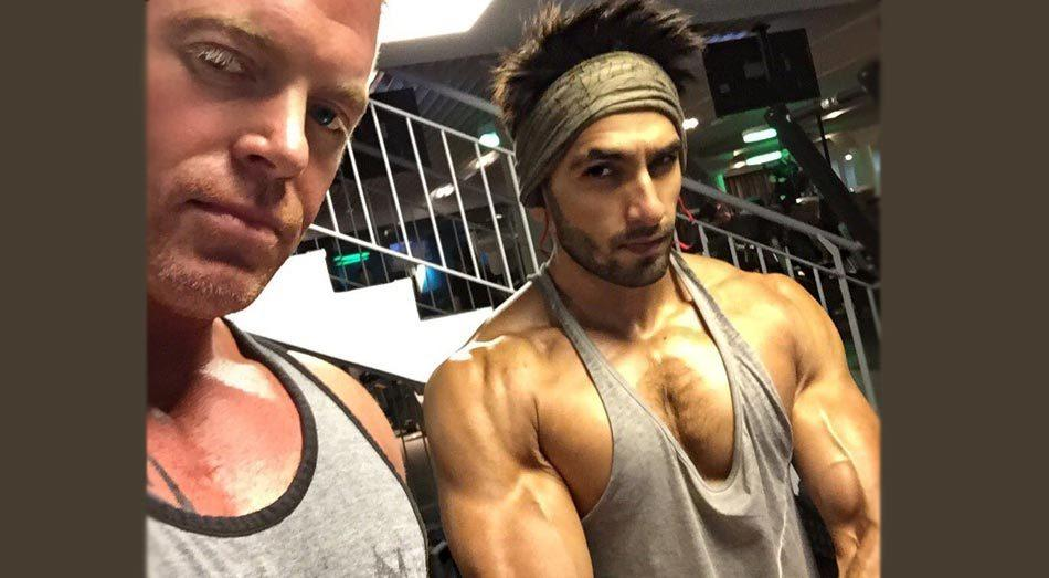 <p>Ranveer has a body which every man desires and the actor only works to better it every time. The <i>Gunday</i> star is all set for his kiss marathon with Vaani Kapoor in <i>Befikre,</i> for which he is working hard on his body. In fact, the actor's trainer Lloyd Stevens posted a picture of his sculpted body on social media and we just cannot wait for the film to hit the screens!</p>