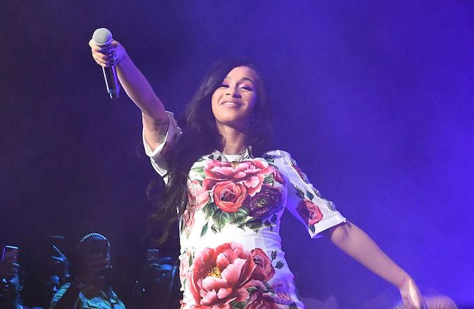 Childhood Photo of Cardi B Turns Into Hilarious 'My Momma ...