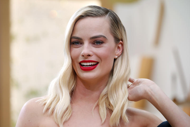 Margot Robbie poses on the red carpet during the Oscars arrivals at the 92nd Academy Awards in Hollywood, Los Angeles, California, U.S., February 9, 2020. REUTERS/Mike Blake