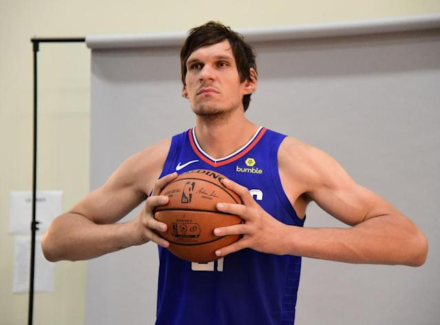 The basketball looks like a tennis ball in Boban's hands. (Getty)
