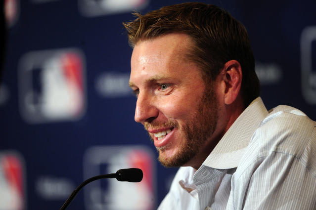 Roy Halladay actually goes to Philly zoo with 'Zoo With Roy' blog creator
