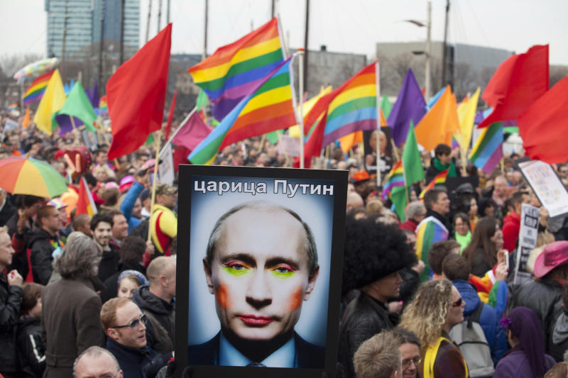 Russian voters back referendum banning same-sex marriage