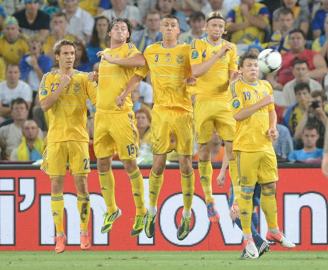 Ukraine Playes (from L) Forward Marko Devic, Forward Artem Milevskiy, Defender Yevhen Khacheridi, Midfielder Anatoliy AFP/Getty Images