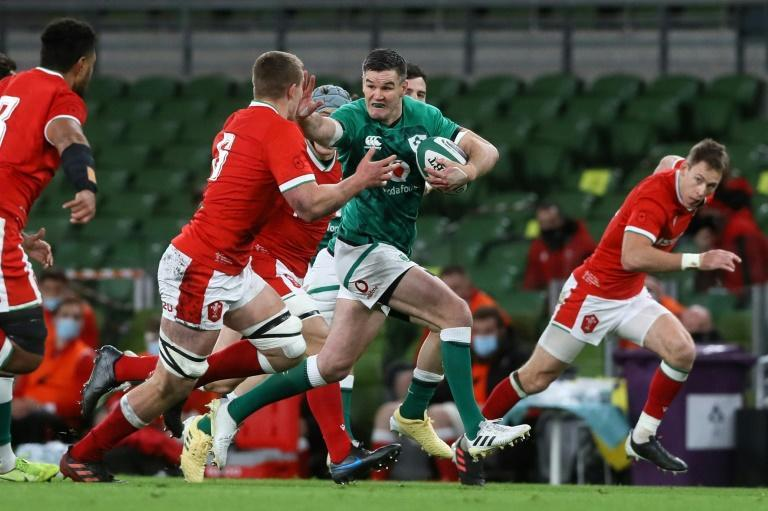 Ireland have lost both captain Johnny Sexton and centre Robbie Henshaw for the Autumn Natios Cup clash with England
