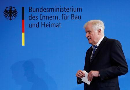 German Interior Minister Horst Seehofer addresses a news conference a in Berlin, Germany, September 19, 2018. REUTERS/Fabrizio Bensch