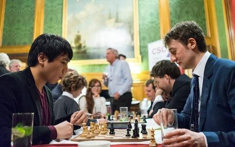 American number one Wesley So plays England's Luke McShane - Credit: