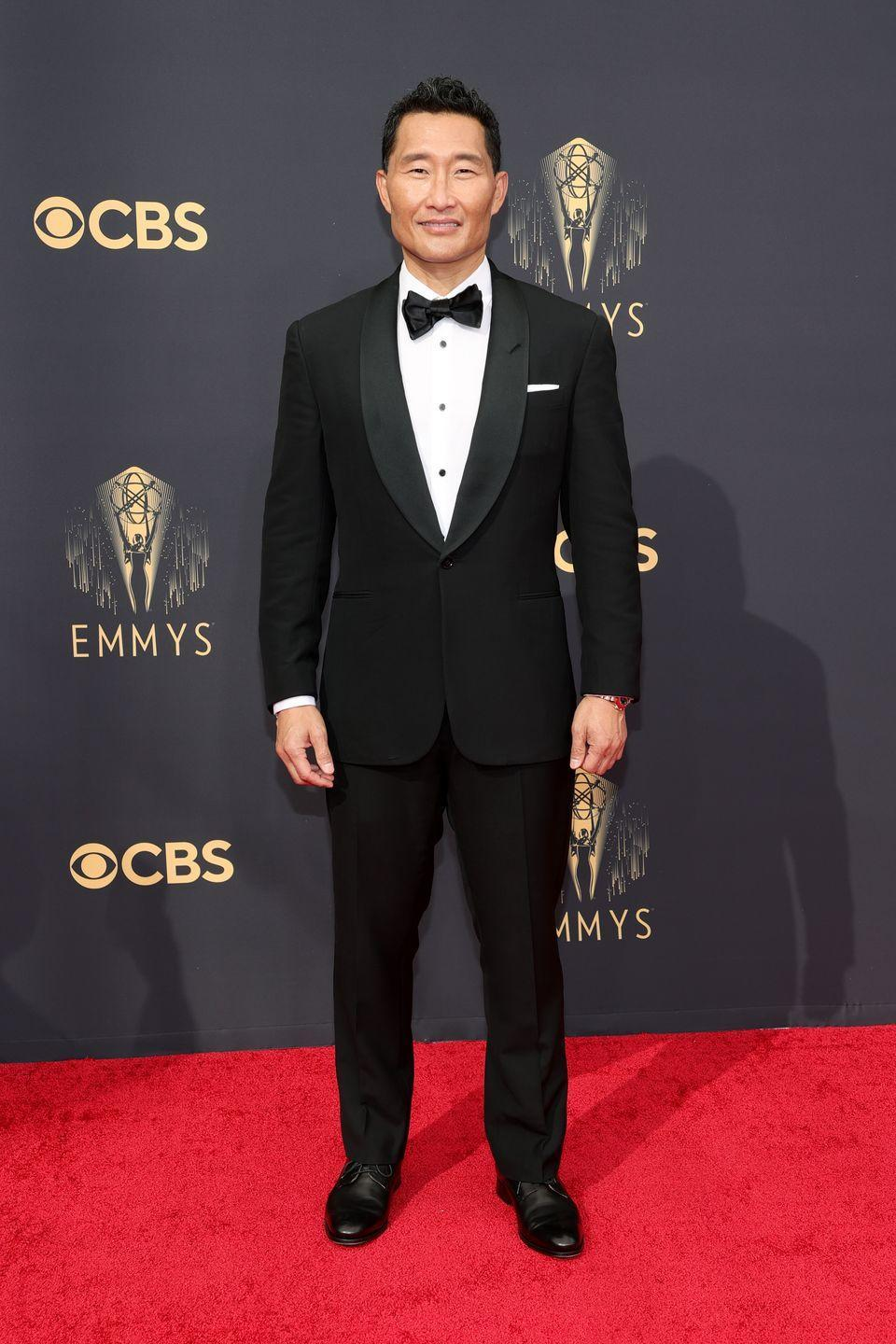 <p>Speaking of exceptionally well-tailored tuxes...</p><p><em>In Ralph Lauren</em></p>