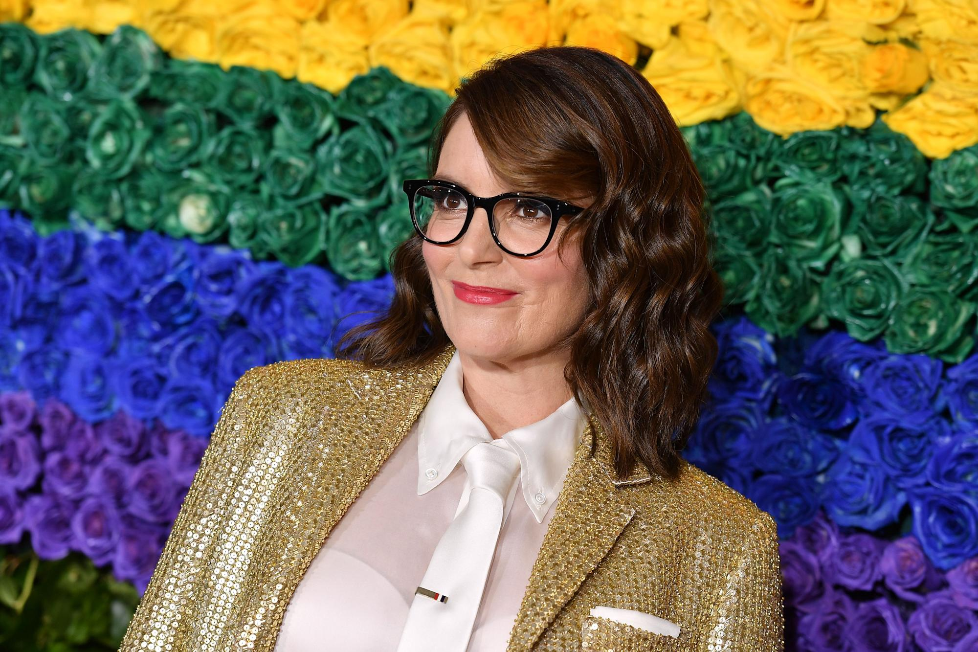 Tina Fey won't talk politics at Sunday's Golden Globes: 'That doesn't seem like a venue for political jokes'