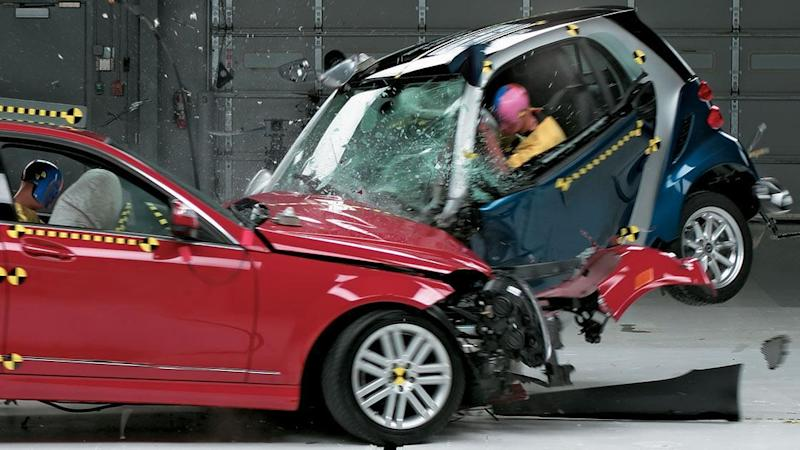 Pictures Of Smart Car Crashes