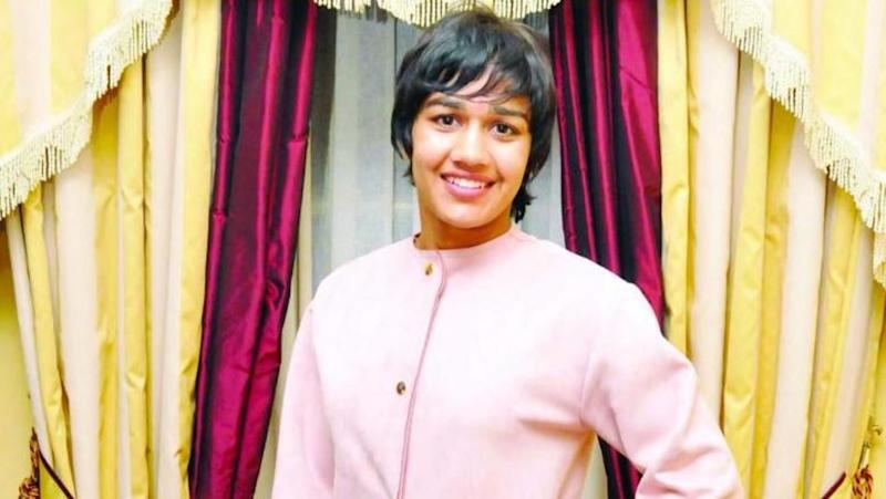 3 Phogat sisters allowed to enter wrestling camp, Babita ignored