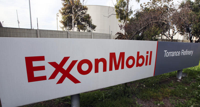 AP Source: Exxon seeks OK to resume Russian oil venture