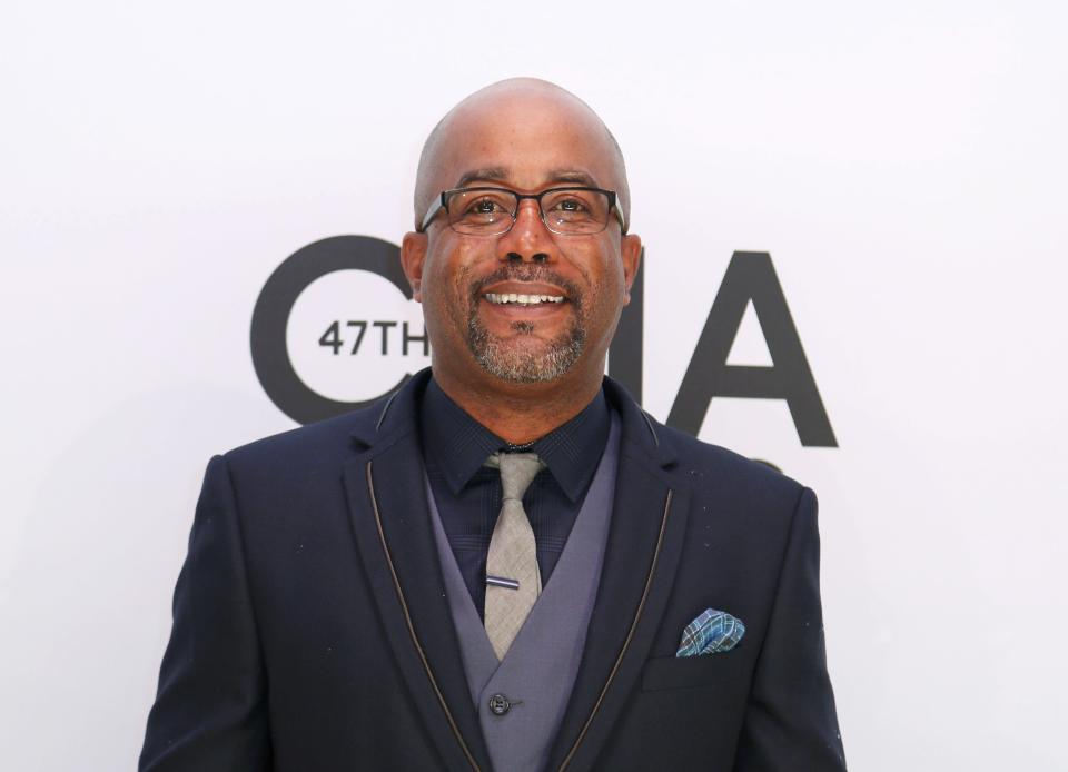 Darius Rucker poses on arrival at the 47th Country Music Association Awards in Nashville, Tennessee November 6, 2013. REUTERS/Eric Henderson (UNITED STATES - Tags: ENTERTAINMENT)