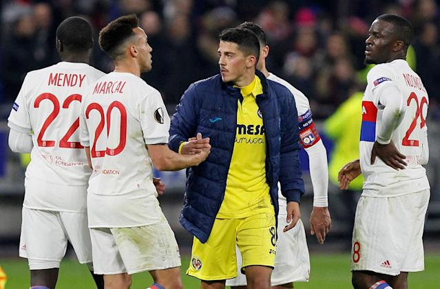 Soccer Football - Europa League Round of 32 First Leg - Olympique Lyonnais vs Villarreal - Groupama Stadium, Lyon, France - February 15, 2018 Villarreal's Pablo Fornals shakes hands with Lyon's Marcal after the match REUTERS/Emmanuel Foudrot