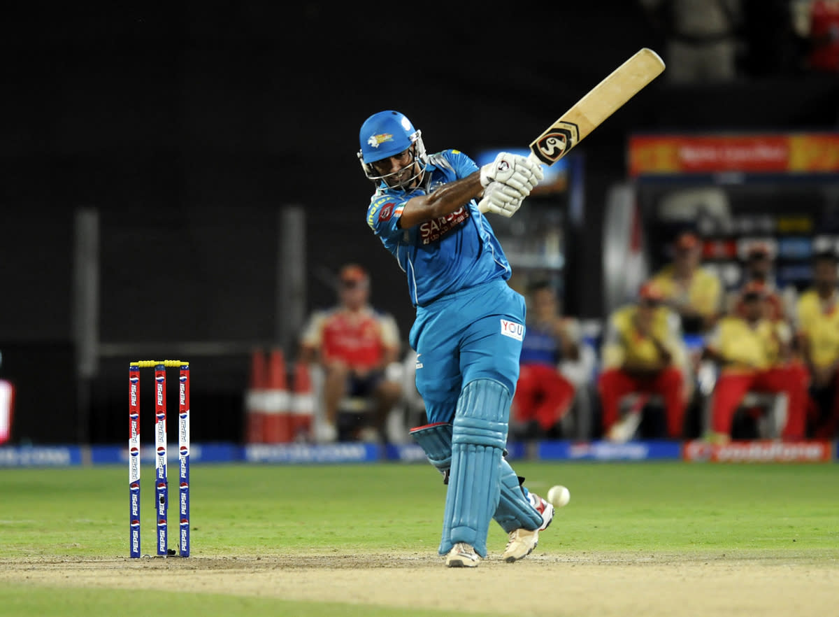 Robin Uthappa of Pune Warriors bats during match 46 of the Pepsi Indian Premier League ( IPL) 2013  between The Pune Warriors India and the Royal Challengers Bangalore held at the Subrata Roy Sahara Stadium, Pune on the 2nd May 2013..Photo by Pal Pillai-IPL-SPORTZPICS   ..Use of this image is subject to the terms and conditions as outlined by the BCCI. These terms can be found by following this link:..https://ec.yimg.com/ec?url=http%3a%2f%2fwww.sportzpics.co.za%2fimage%2fI0000SoRagM2cIEc.&t=1506314711&sig=_zUtoCjtnu1151nIW73jlw--~D