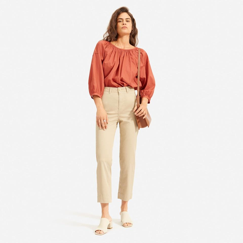 """<h3><a href=""""https://www.everlane.com/collections/womens-sale"""" rel=""""nofollow noopener"""" target=""""_blank"""" data-ylk=""""slk:Everlane"""" class=""""link rapid-noclick-resp"""">Everlane</a></h3> <strong>Dates:</strong> Now - until supplies last <br><strong>Discount:</strong> Up to 40% off newly added spring styles<br><strong>Promo Code:</strong> None<br><br><br><br><strong>Everlane</strong> The Lightweight Straight Leg Crop, $, available at <a href=""""https://go.skimresources.com/?id=30283X879131&url=https%3A%2F%2Fwww.everlane.com%2Fproducts%2Fwomens-lw-straight-leg-crop-lightkhaki"""" rel=""""nofollow noopener"""" target=""""_blank"""" data-ylk=""""slk:Everlane"""" class=""""link rapid-noclick-resp"""">Everlane</a><br><br><br><br>"""