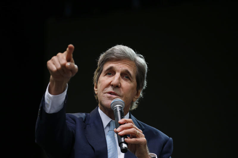 John Kerry to Trump: 'Resign'