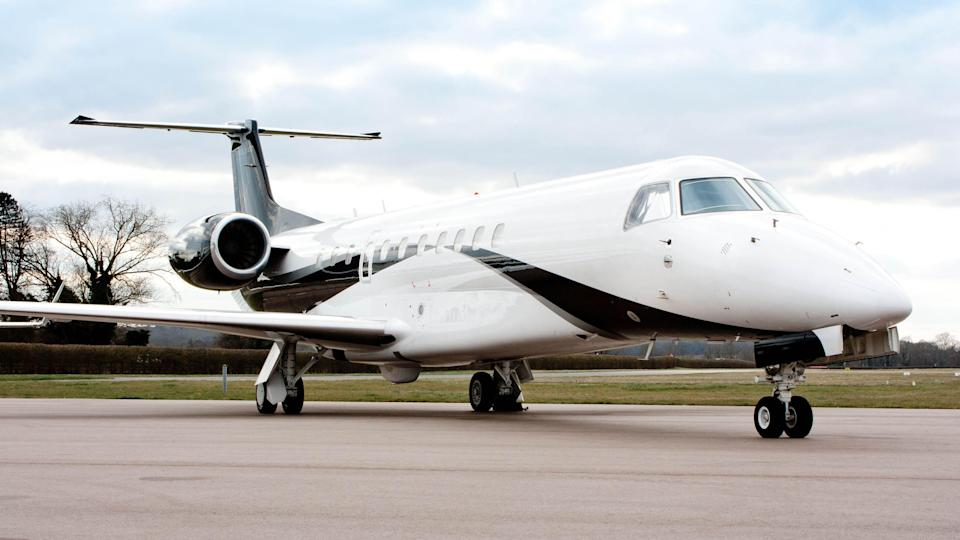 Ultra-rich turn to private jets for holidays as business travel drops