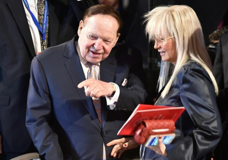 Mogul Sheldon Adelson (L) and his wife Miriam Ochsorn attend the first presidential debate between Donald Trump and Hillary Clinton in September 2016