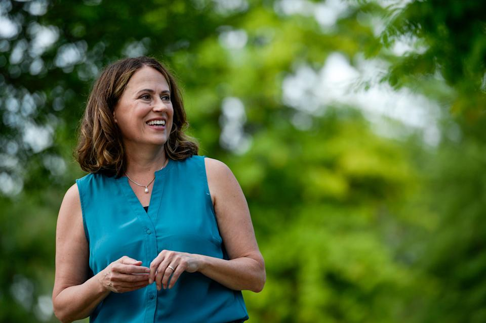 Public polling shows Iowa Democratic Senate candidate Theresa Greenfield winning over a small but critical number of voters who backed President Donald Trump in 2016.  (Photo: Caroline Brehman via Getty Images)