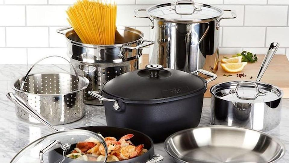 Grab all sorts of kitchen essentials at deep markdowns right now at Macy's.
